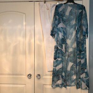 Kimono white and green palm